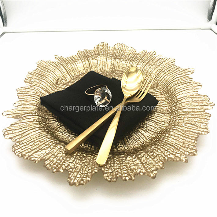 Colored Wedding Table Decoration Glass Charger Plate Wholesale
