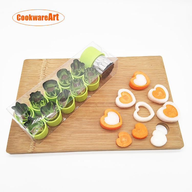Hot selling 12 pieces of stainless steel cookie cutter biscuit cutter fruit and vegetable cutter for kids