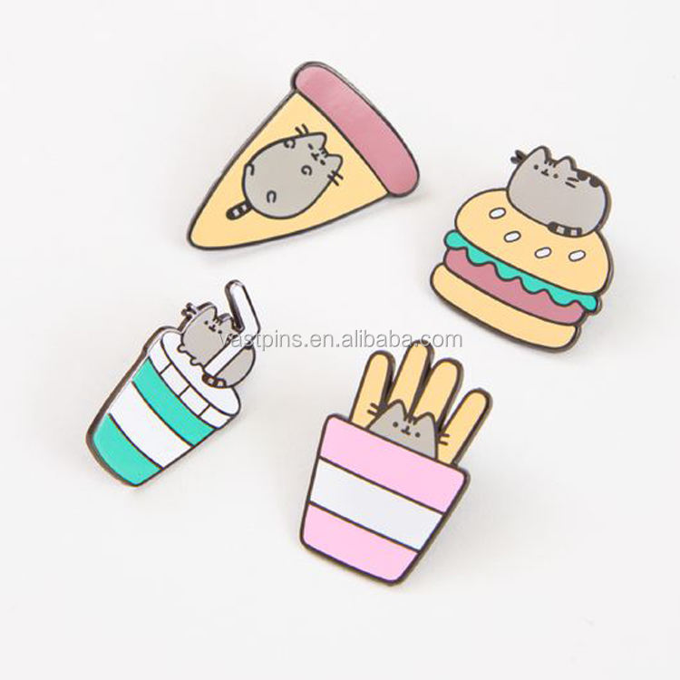 Wholesale custom design gold plated metal badge in metal crafts