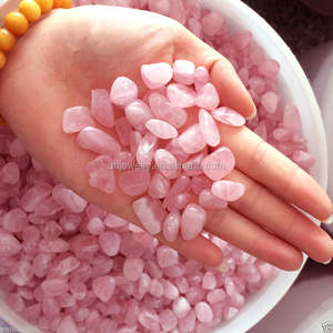 Wholesale natural tumbled rose crystal quartz stones small for decoration