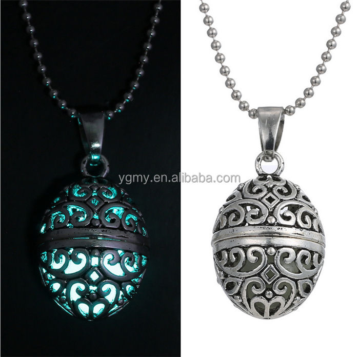 Collana magica Glow In The Dark Vintage Steampunk Hollow Palla Incandescente Luminoso Collane Bagliore Gioielli