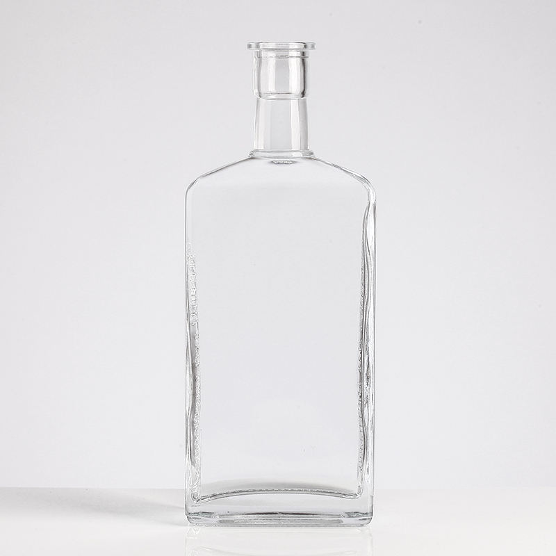 China factory wholesale hot selling 750ml empty whisky glass bottles