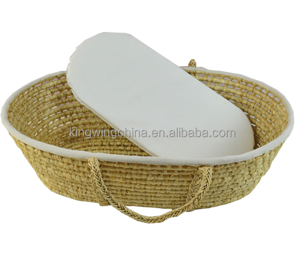 Eco-Friendly Maize moses basket