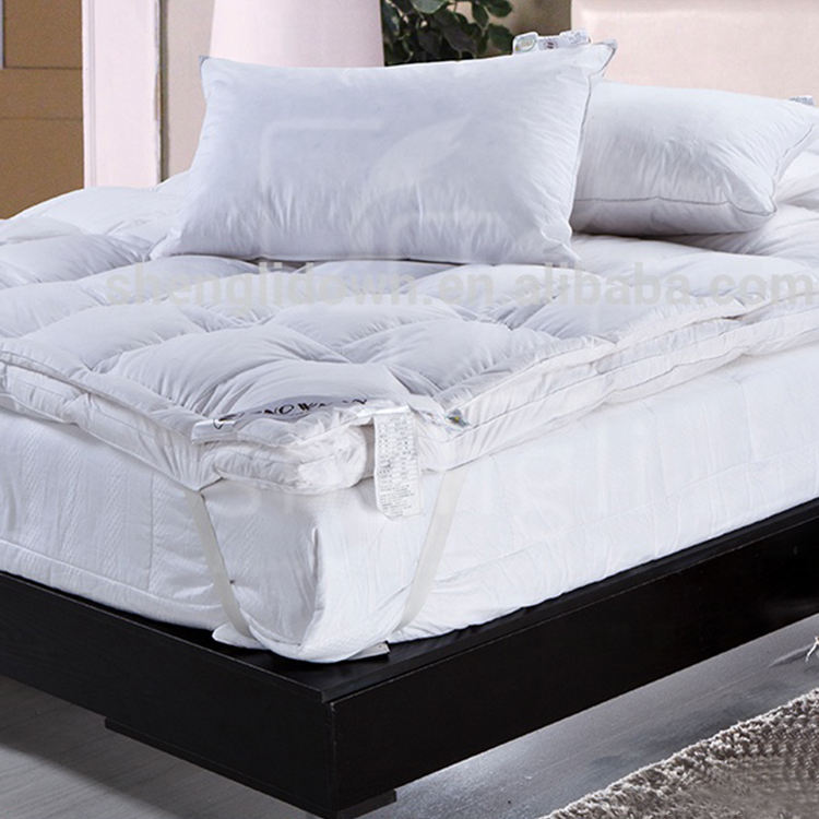 New Design Full King Size Bedding Quilted Thin Bed Mattress
