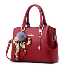 odm red lady hand wholesale crossbody bag handbags for woman