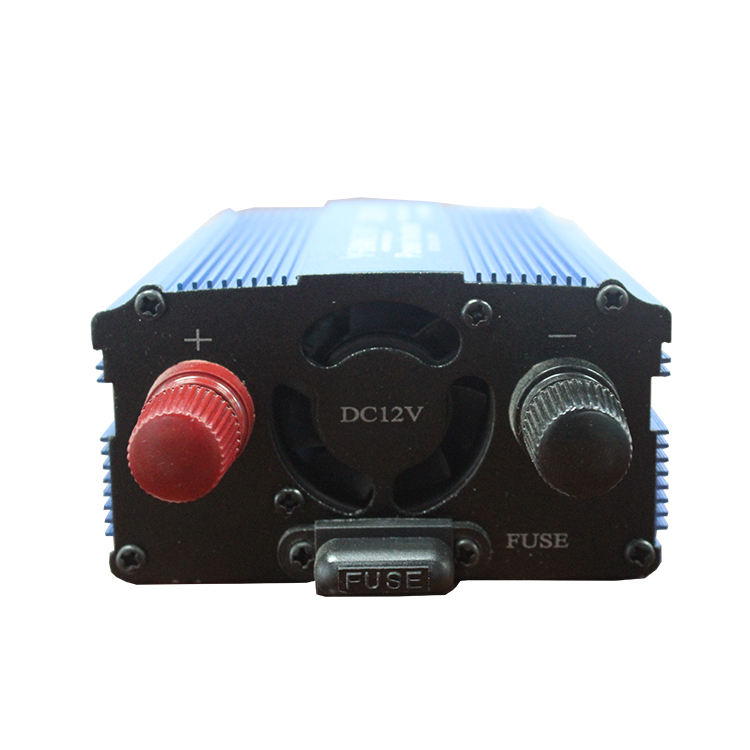 Full Power OEM Manufacturer Car Power Inverter 12V 220V AC 300W