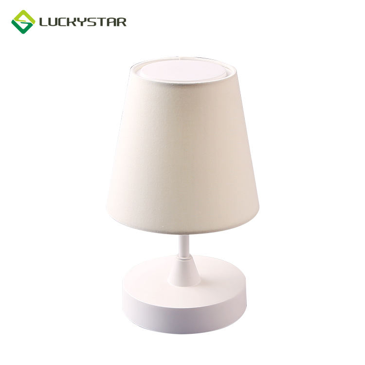 White Outdoor Camping Fancy Table Lamp Battery Operated With Led Light Rechargeable