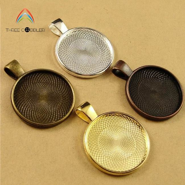 Y0080 Antique Bronze Gold Silver Pendant Trays Jewelry Findings Type and Zinc Alloy Material Round Blank Pendant Trays