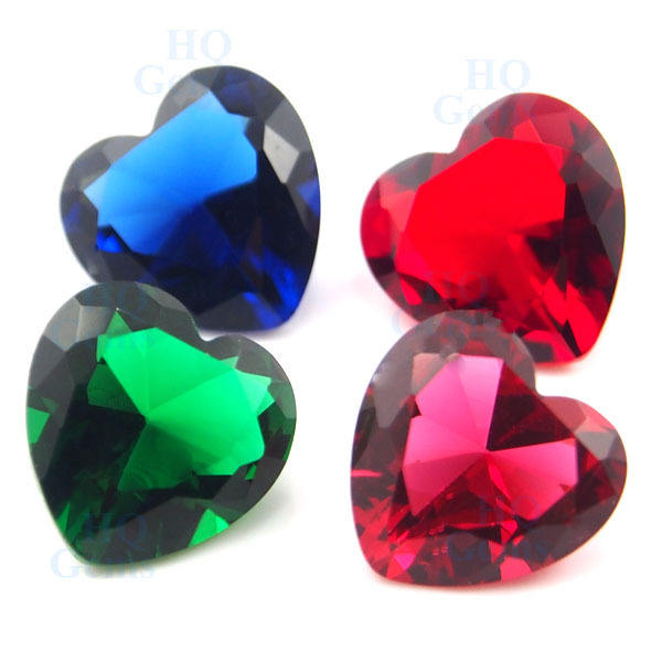 HQ Gems 10 × 10ミリメートルWholesale Synthetic Crystal Stone Red Heart Shape Glass Stone