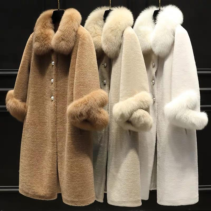 Sheep Shearing Fur Coat with Fox Fur Collar and Cuffs Fashionable Korean Women Winter Clothes