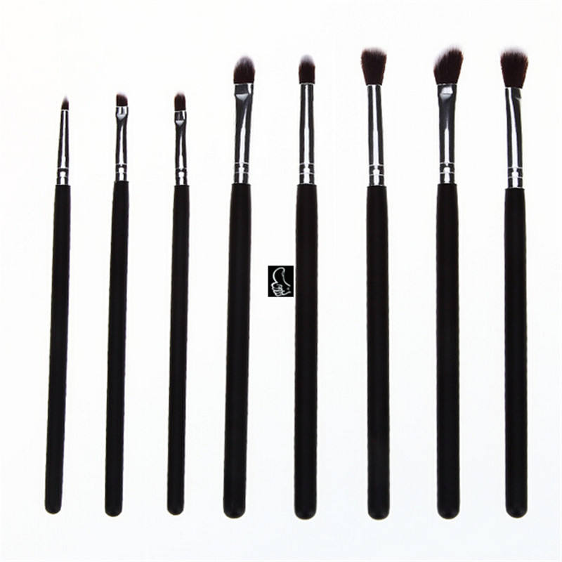 8 pz sintetico Precisione Kabuki brush set. vendita calda eye brush kit