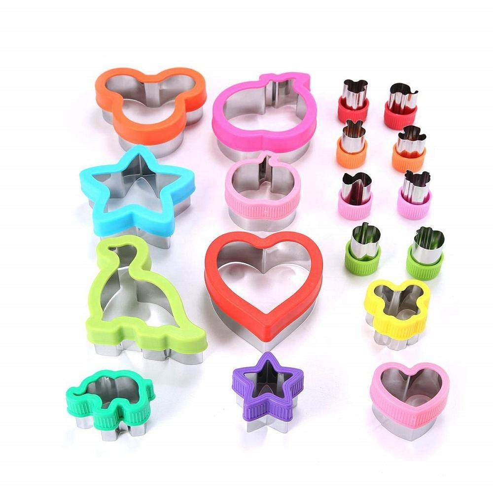 Stainless steel Vegetable and fruit cutter set of 18pcs sandwich cookies cutter for kids