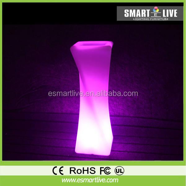 PE matériel d'éclairage led fleur vase/led vase avec changement de couleur par rechargeable batterie