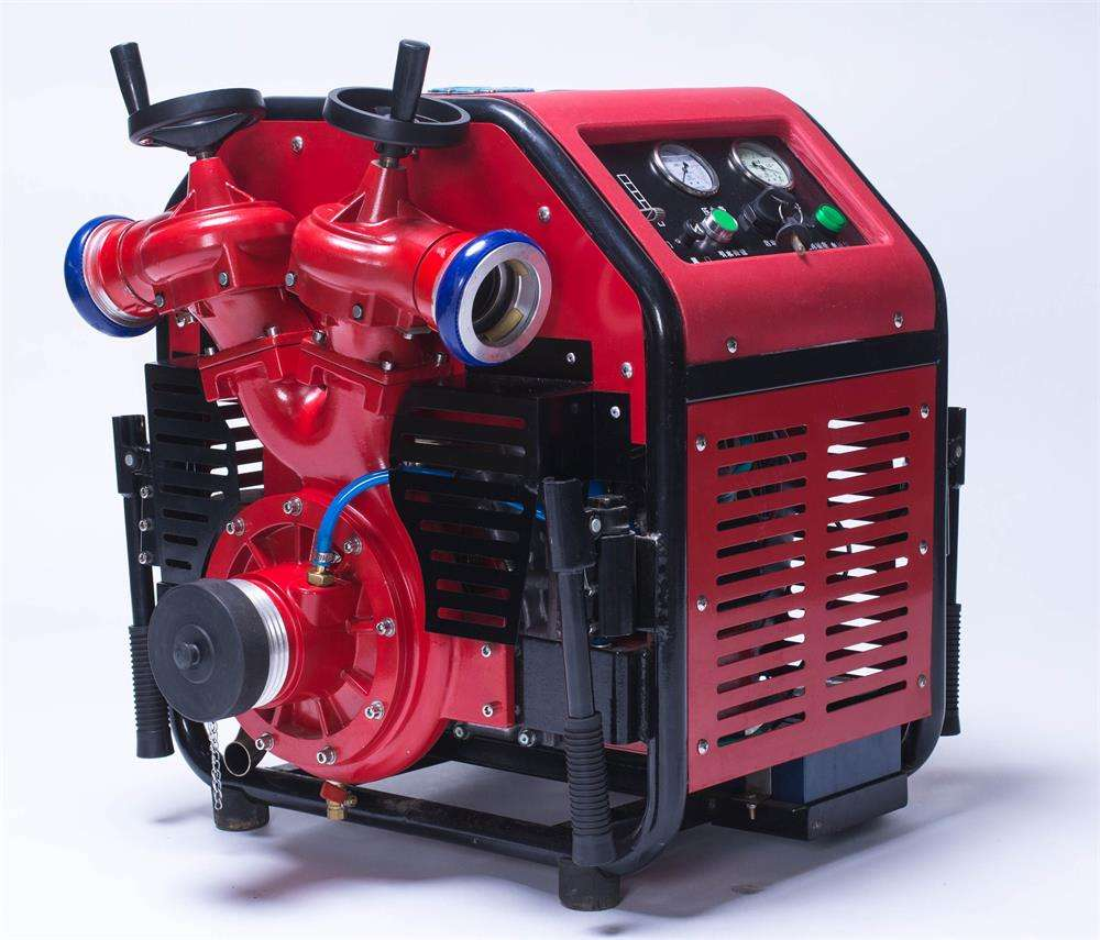 2018 high quality portable fire fighting water pump