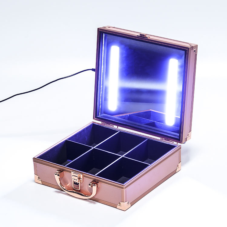 Hot selling Rose gold train hard shell makeup case with lights