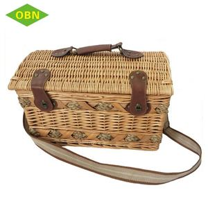 Buy modern wicker picnic carry basket online set for 6 people