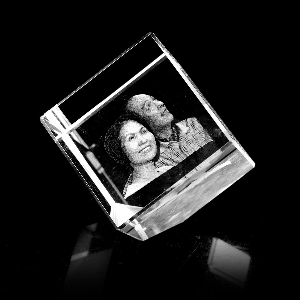 Hot sale souvenir glass blocks/cubes gift 3d laser engrave Clear glass Blank Crystal 3D Laser Etched Glass Cube