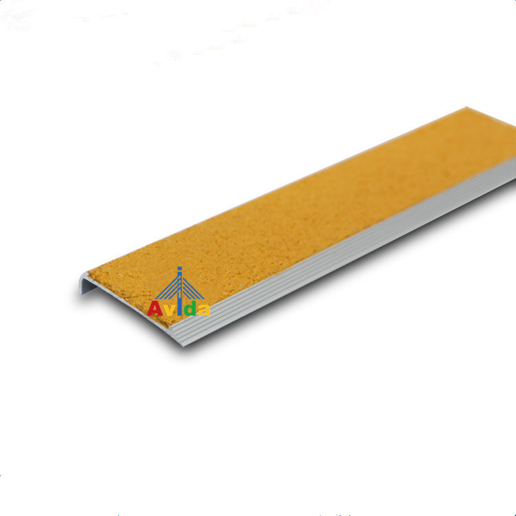 Carborundum Gritted Extruded Aluminum Slip Resistant Step Treads and Stair Nosing