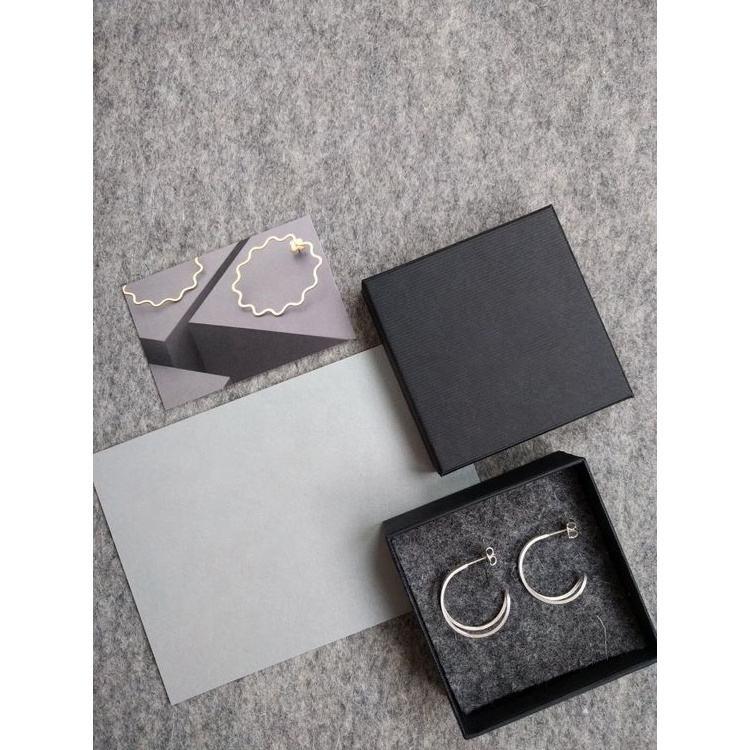 Calidad Superior venta al por menor de relieve logotipo personalizado de regalo de lujo 2 piezas rígido <span class=keywords><strong>configuración</strong></span> caja de regalo caja de embalaje de papel caja