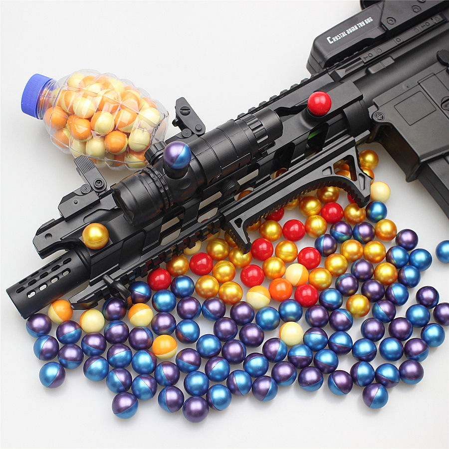 2019 new gun shoot paintball 0.68 colorful paint ball/pellets maker made by China factory