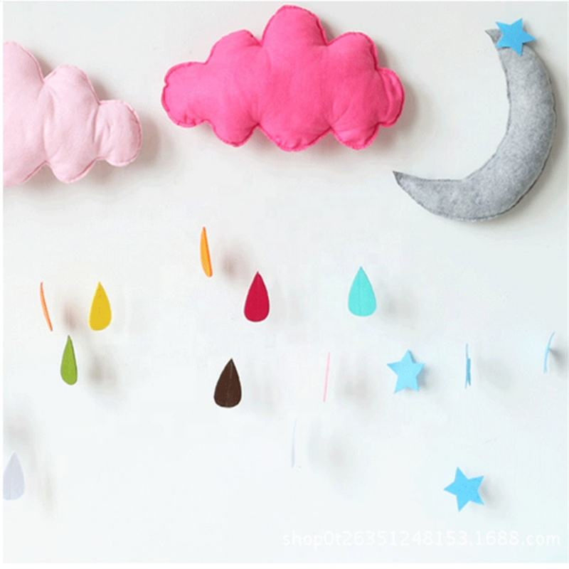 Kids Felt Cloud Hanging Toys Baby Rattles Mobile Toys Bell Felt Hanging for Crib Tent Ornament Room Decor Birthday Present
