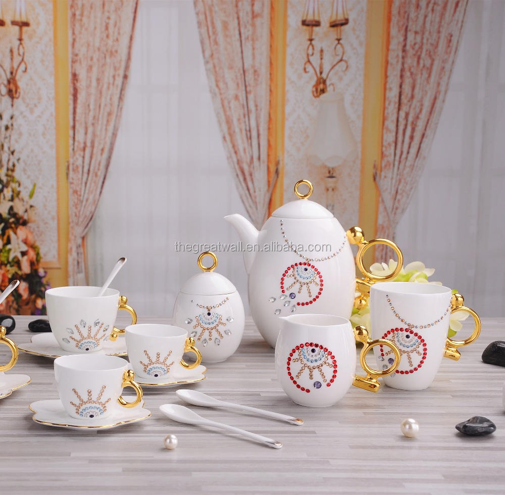 Boîte de noël, Café À La Main thé soucoupes with100 % <span class=keywords><strong>Swarovski</strong></span> <span class=keywords><strong>elements</strong></span>