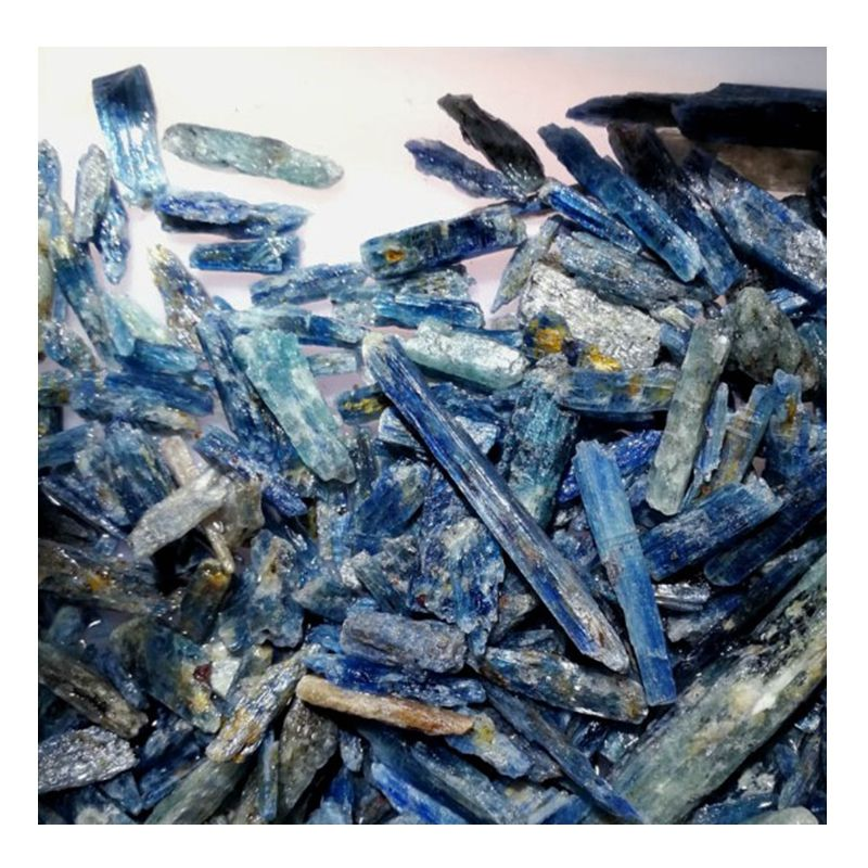 wholesale 20-60 or customized Natural gemstone Blue kyanite Rough tumbled Long plates beads rough kyanite