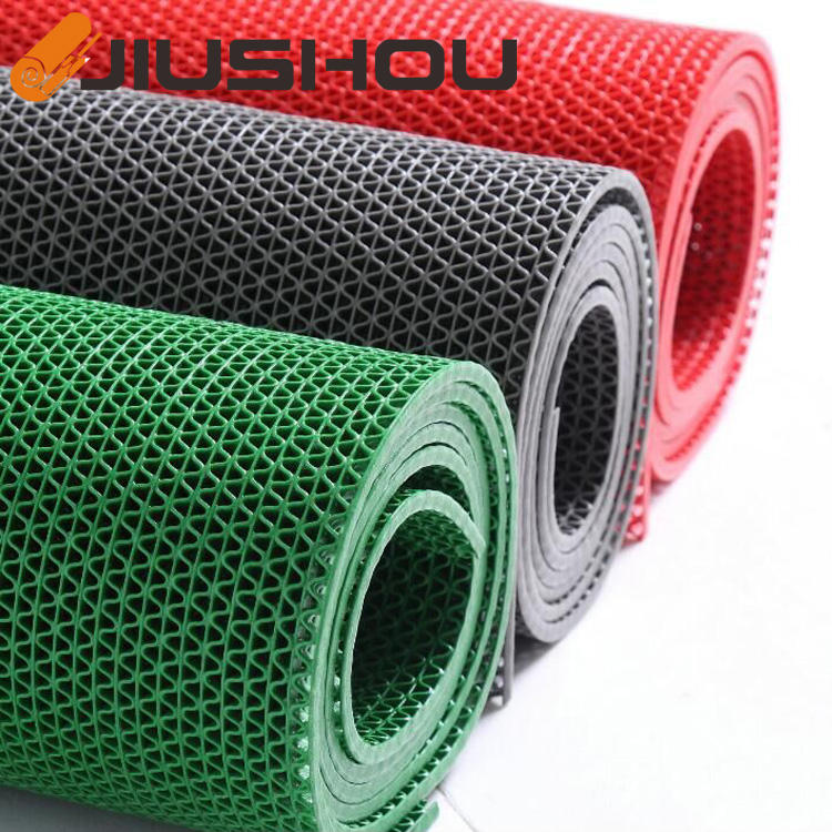 PVC S shape plastic waterproof carpet of roll with low price