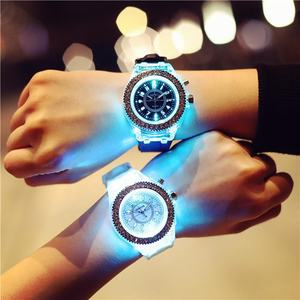 Women Men Lover Fashion LED Sport Watches Crystal Luminous Silicone Quartz Watch Gift Wristwatch For Teenage SW050