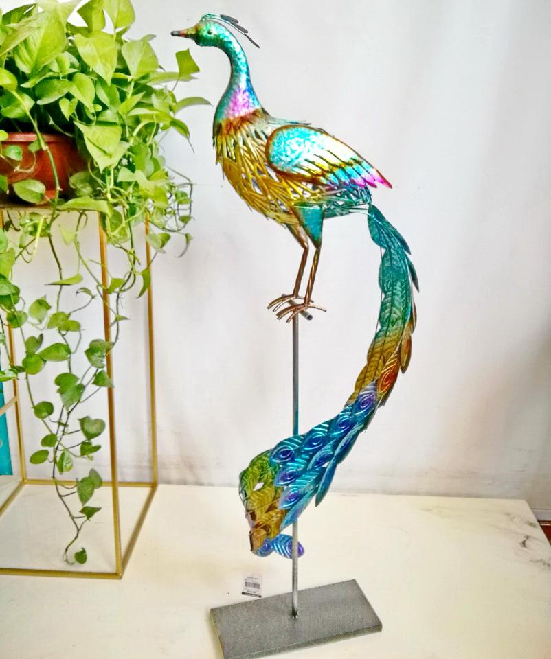 outdoor iron peacock ornaments Metal Garden Figurines