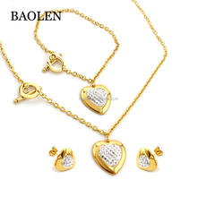 Factory Wholesale Gold Crystal Heart Pendant Necklace Bracelet Earring Set 2018 New Fashion Jewelry