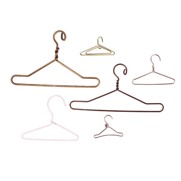 Custom doll mini hanger clip for gift gold hanger paper clip