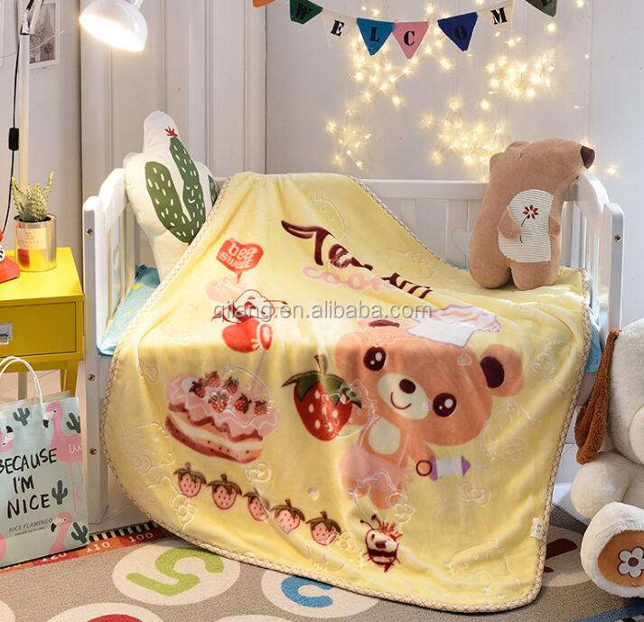 Free sample 100% Polyester Baby Blanket with Soft Materials