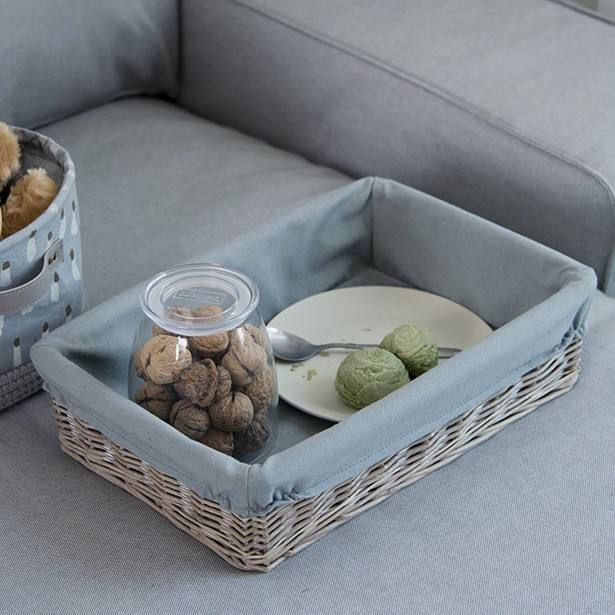Custom woven plate holders small serving fruit cutlery display bread food rattan wicker willow basket liners tray storage