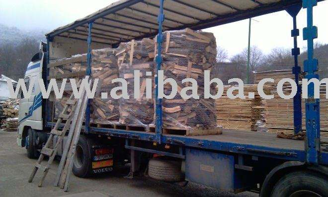 Air Dry Firewood on Pallets - Easy Transportation