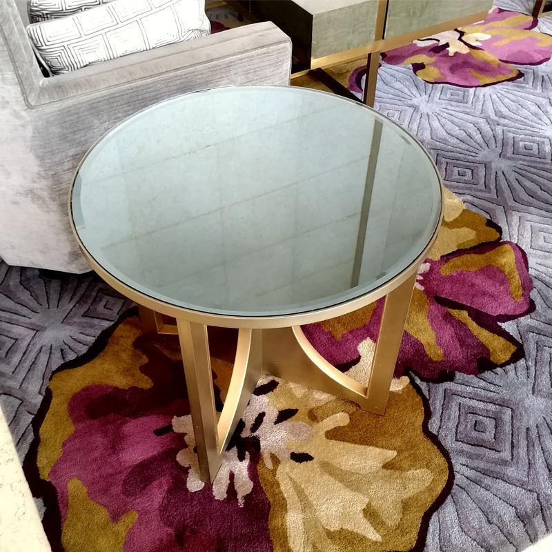 Hotel <span class=keywords><strong>muebles</strong></span> de la Sala establece Mesa Redonda de Metal