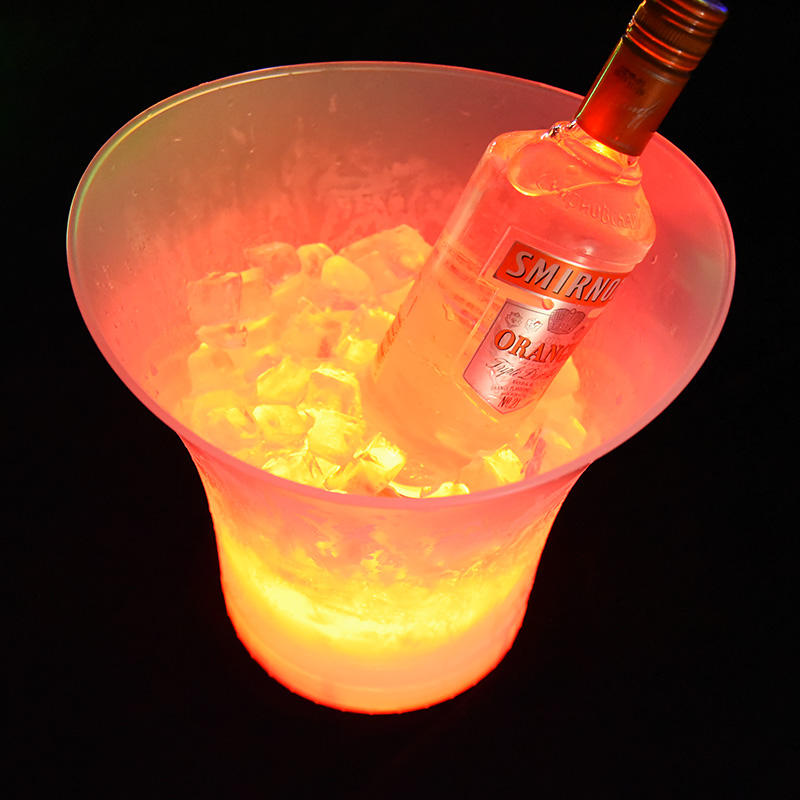 lowest price luxury elegent plastic light champagne bucket cooler