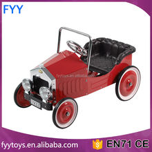 Voiture classic / Metal Pedal car Kids Retro Pickup Truck Pedal Riding Toy