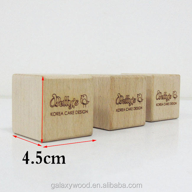 custom 4.5cm carved engraved beech wooden blocks for crafts