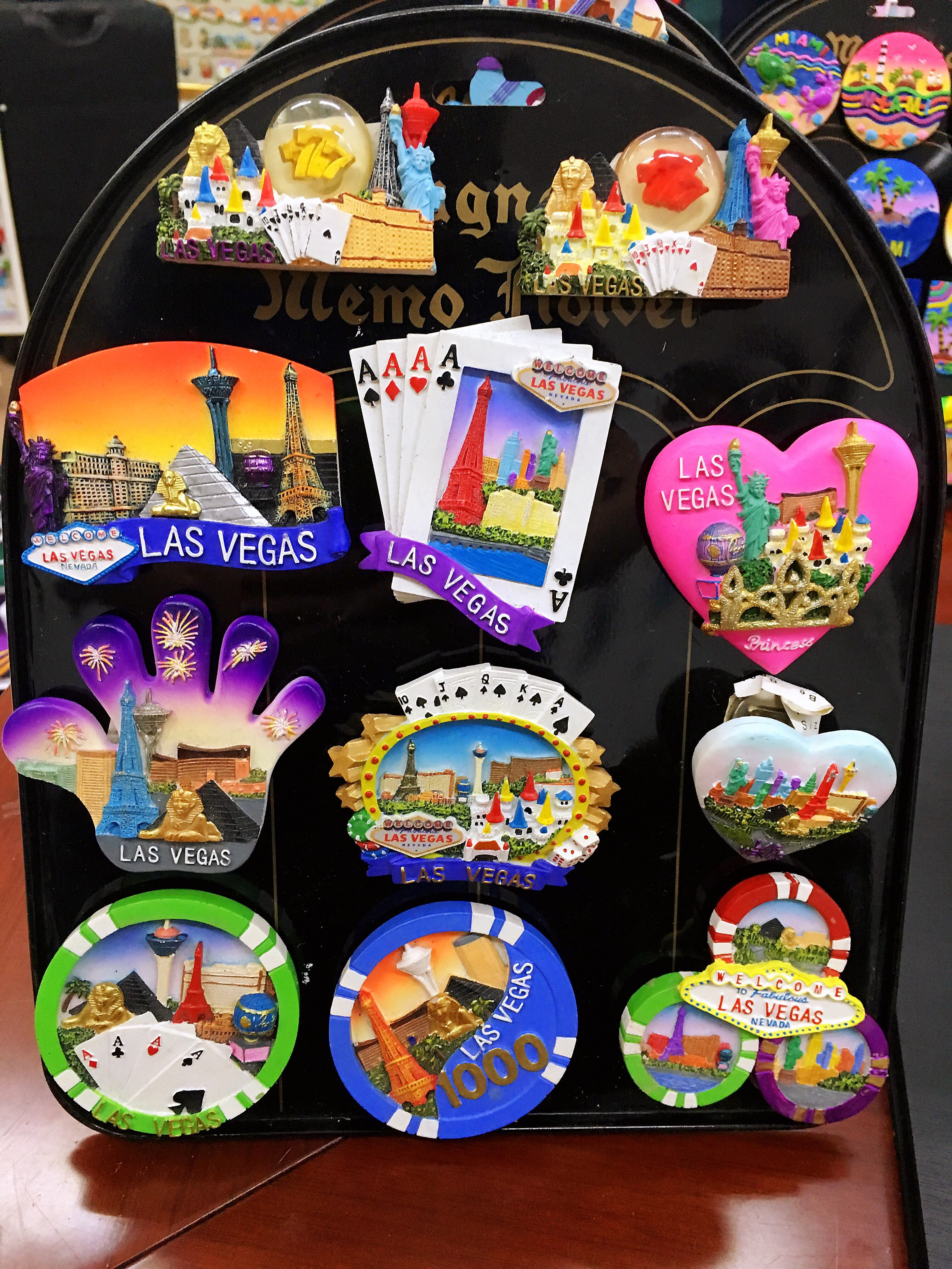 High Quality Tourist Souvenir From Various Countries Customized Hand Painted 3D Resin Fridge Magnet Sticker Accept OEM And ODM
