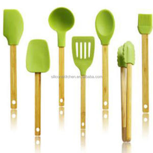 Creative bamboo handle silicone cooking tools utensil set