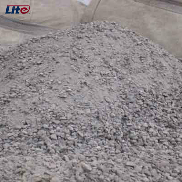 Silica refractory casting material chamotte for the casting