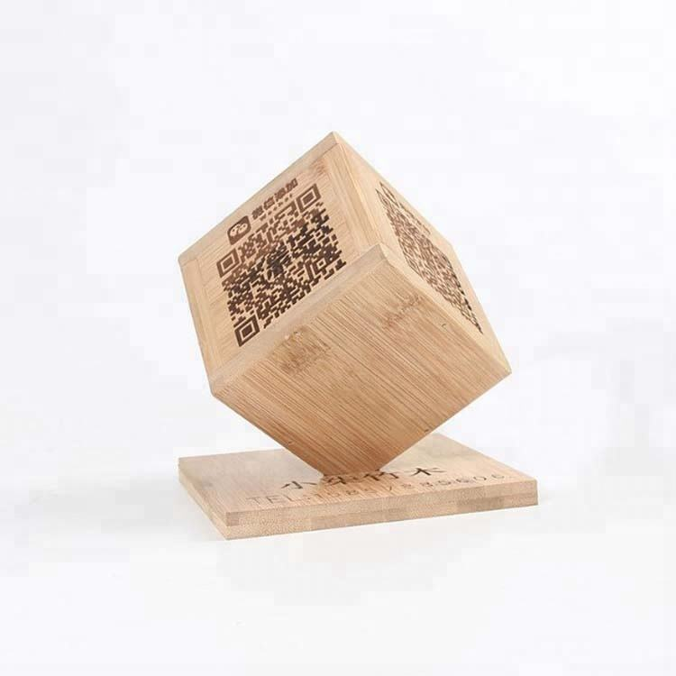 Creative wedding Table Decoration Real Wood QR code payment card Cube