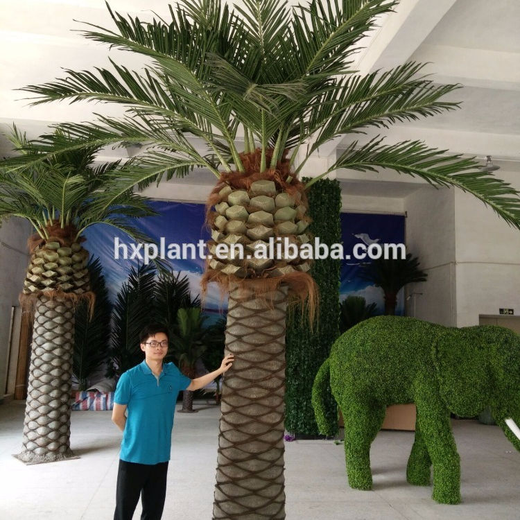 Indoor decoration large artificial plastic palm tree
