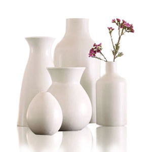 Stylish white cream beautiful tabletop porcelain bud vases (set of 5) wholesale