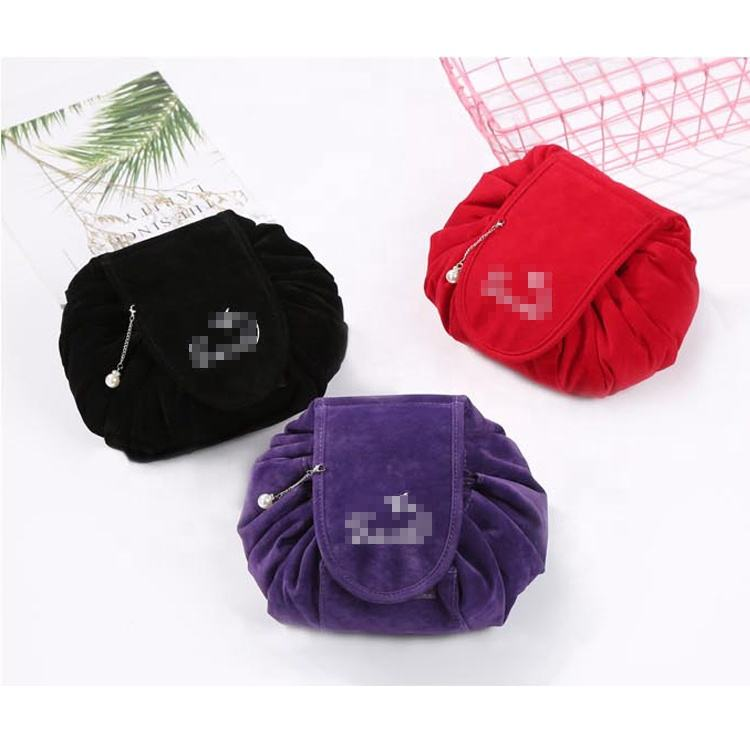 Hot selling round make up bag foldable velvet cosmetic bag for promotional gift