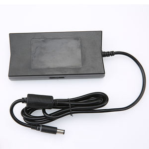 19.5V 6.7A 135W USB Tip Adaptor Ac Laptop Power Charger UNTUK Lenovo