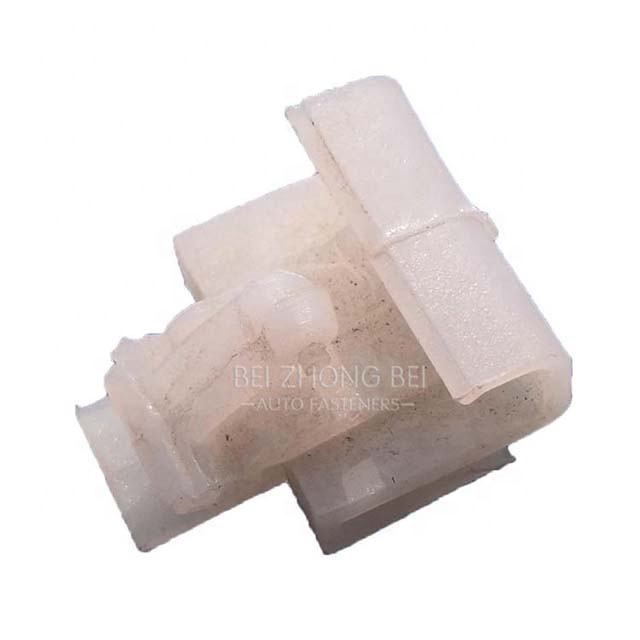 100pcs/bag tree retainers drive-type retainers auto firewall insulation retainers clips 02-495