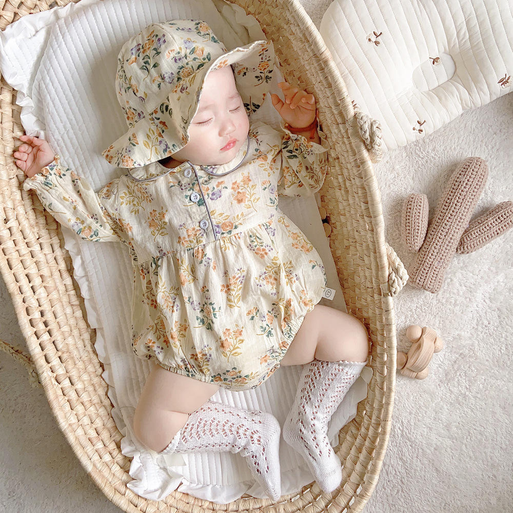 rts 0-2 years old baby long-sleeved romper 2020 autumn girl floral doll collar long-sleeved romper with hat