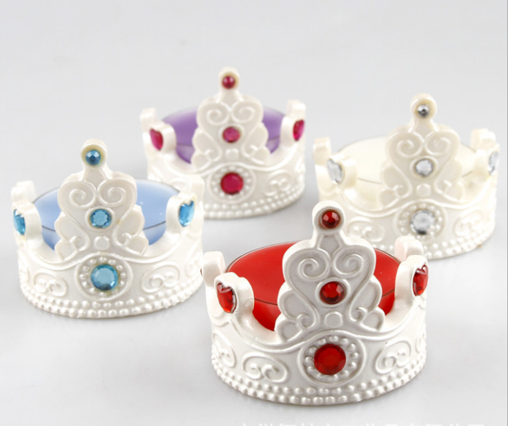 hot sell wholesale happy birthday smokeless crown shaped candles holder with candle